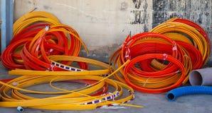 Galerie pour câbles en bois de bobines pour des fibres optiques Image stock