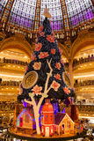 Galeries Lafayette à Noël à Paris, France Images stock