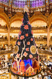 Galeries Lafayette à Noël à Paris, France Photographie stock