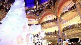 Galerii Lafayette sklepy w Paryż i kopuła zbiory