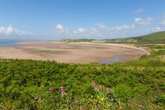 Gales do Sul da península de Gower da baía de Broughton BRITÂNICO perto de Rhossili Fotografia de Stock Royalty Free