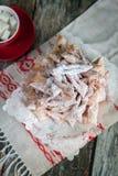 Galho friável das cookies com açúcar pulverizado Imagens de Stock Royalty Free