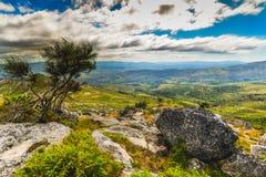 Galicjanina krajobraz blisko Arbo, Hiszpania - obrazy stock