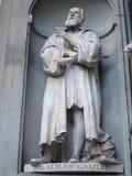Galileo Galilei雕象  免版税库存图片