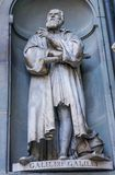 Galileo Galilei Statue Uffizi Gallery Florence Italy stock afbeeldingen