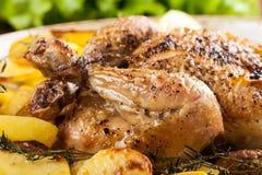 Galinha cozida com batatas Imagem de Stock