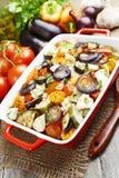 Galinha cozida com vegetais fotografia de stock