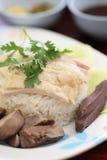 Galinha cozinhada do alimento gourmet tailandês fotografia de stock royalty free