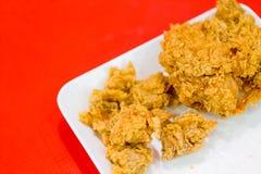A galinha fritou no estilo de Kentucky a maioria de fast food ocidental popular Imagem de Stock