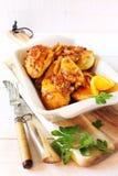 Galinha grelhada com laranja, gengibre e suco de laranja foto de stock