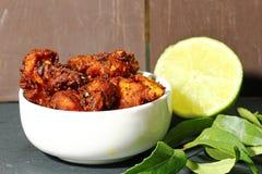Galinha 65, um aperitivo indiano da galinha Fotos de Stock Royalty Free