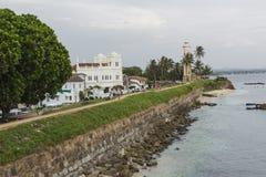 GALLE SRI LANKA, GRUDZIEŃ, - 09, 2016: Teren blisko latarni morskiej, fort zdjęcie stock