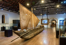 GALLE SRI-LANKA/JANUARY 30,2017: Den gamla fiskesegelbåten Royaltyfria Foton