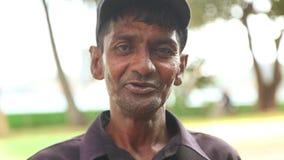 GALLE, SRI LANKA - MÄRZ 2014: Porträt eines lokalen Mannes in Galle Galle ist die Verwaltungshauptstadt der südlichen Provinz, Sr stock video footage