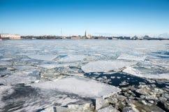 Galleggiamento del ghiaccio Fotografia Stock Libera da Diritti