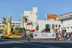 Galleggiante sveglio del drago di Rose Parade famosa Fotografie Stock Libere da Diritti