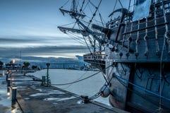 Galleon в порте стоковые фото