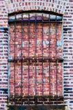 Gallerförsett tegelstenfönster Royaltyfria Bilder