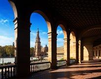 Galleri av centrala byggande Plaza de Espana Arkivfoto
