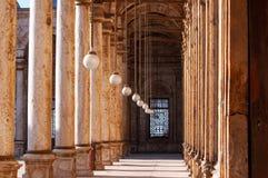 Galleri av den Mohammad Ali moskén i Kairo, arkitekturdetaljer, kolonn och lampor arkivfoton
