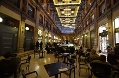 Galleria Alberto Sordi, restaurante, café, diseño interior, café fotos de archivo