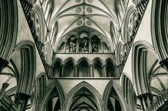 Galleria B del triforio della cattedrale di Salisbury Immagine Stock
