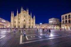 Galleria Vittorio Emanuele II Аркада del Duomo на ноче, милан, Lombardia, Италия стоковое изображение rf