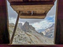 Galleriapiccolofluit Lagazuoi - Dolomiti royalty-vrije stock fotografie