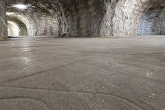 Gallerier av tunneler inom en salt min royaltyfria bilder