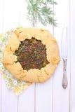 Galleta con queso e hierbas Imagen de archivo libre de regalías