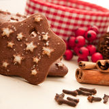Galleta de la estrella de la Navidad Fotos de archivo