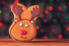 Galleta de los ciervos del pan de jengibre de la Navidad Imagenes de archivo