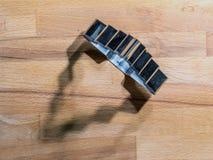 Galleta del árbol de navidad del pan de jengibre imagen de archivo libre de regalías