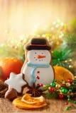 Galleta del pan de jengibre del muñeco de nieve Fotografía de archivo