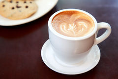 Galleta y café del chocolate fotos de archivo