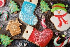 Galleta y caramelo del pan de jengibre de la Navidad Imagen de archivo libre de regalías