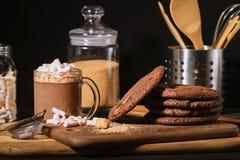 Galletas americanas del chocolate foto de archivo libre de regalías