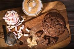 Galletas americanas del chocolate fotos de archivo libres de regalías