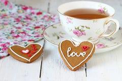 Galletas coloridas del corazón Foto de archivo libre de regalías