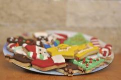 Galletas con diseño especial de la Navidad foto de archivo