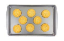 Galletas de azúcar en un molde para el horno Imagen de archivo