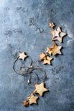 Galletas de azúcar de la forma de la estrella de la Navidad Foto de archivo