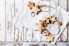 Galletas de azúcar de la forma de la estrella de la Navidad Imagen de archivo