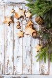 Galletas de azúcar de la forma de la estrella de la Navidad Fotos de archivo