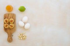 Galletas de la aptitud y sus ingredientes Fotos de archivo