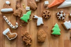 Galletas de la Navidad adornadas fotografía de archivo libre de regalías