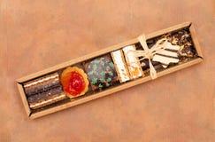 Galletas de la Navidad en el rectángulo Foto de archivo libre de regalías