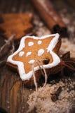 Galletas de la Navidad en la forma de una estrella Imágenes de archivo libres de regalías