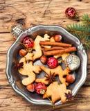 Galletas de la Navidad y chucherías de Navidad Fotos de archivo