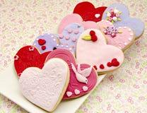 Galletas de la tarjeta del día de San Valentín fotografía de archivo